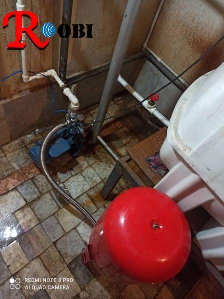 تعمیرکار پمپ آب خزانه